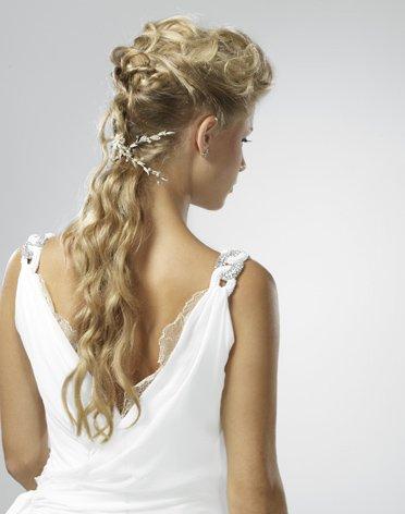 Свадьба в греческом стиле: богини. косички в греческом стиле.