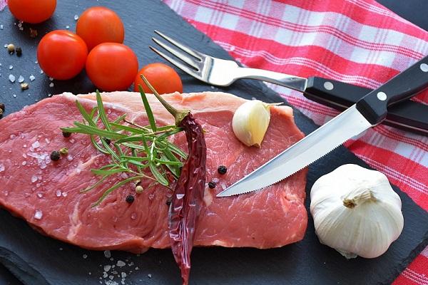 К чему снится 😴 Мясо во сне — по 90 сонникам! Если видишь во сне Мясо что значит?