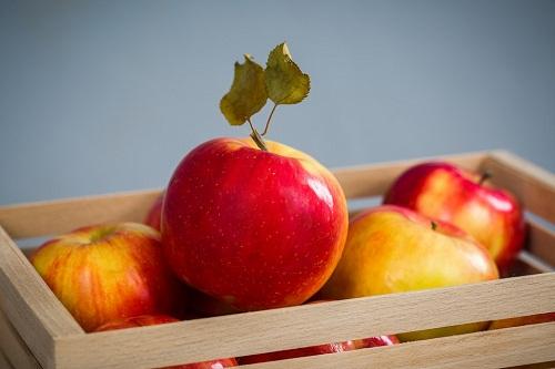 К чему снятся яблоки? Сонник - яблоки большие, спелые, гнилые, червивые