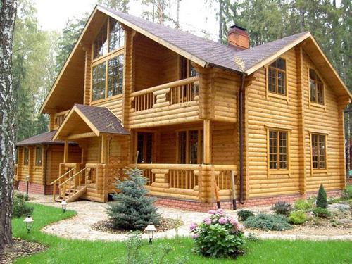 К чему видеть во сне деревянный большой дом, если жилье снится в определенные дни?
