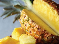 k-chemu-snitsya-ananas