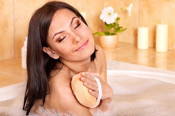 Мыла во сне голую знакомую женщину