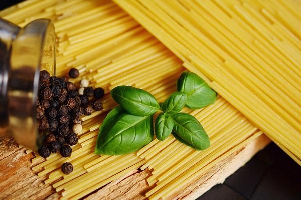 Кушать макароны сонник