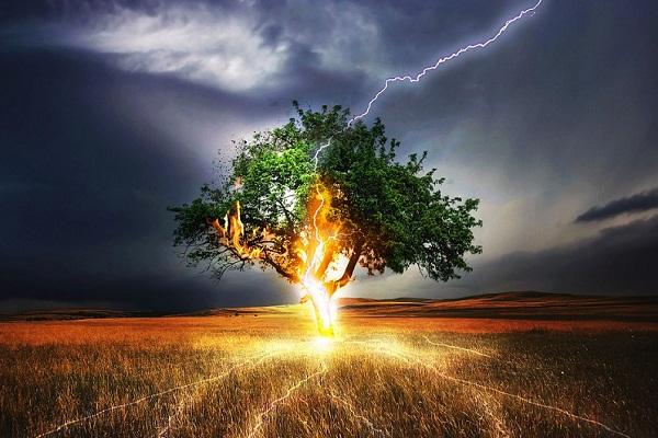 Снится молния к чему - снится гроза с молнией и гром сонник
