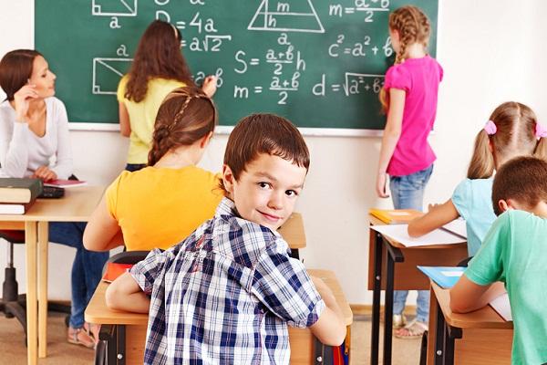К чему снится 😴 Школа во сне — по 90 сонникам! Если видишь во сне Школа что значит?