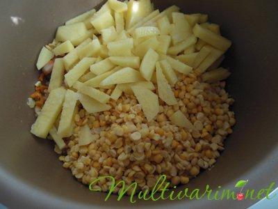 Гороховый суп с копченой курицей в мультиварке, пошаговый рецепт с фото