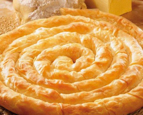 Пирог с творогом слоеный