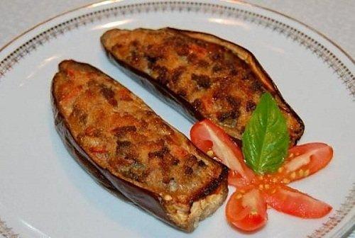 баклажаны с мясом в духовке