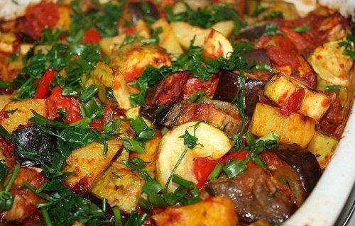 баклажаны с кабачками и мясом
