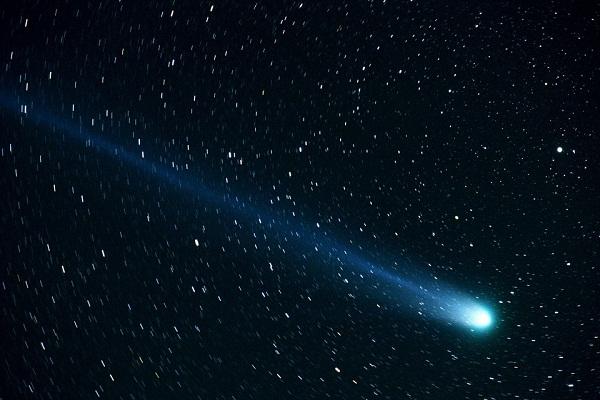 Комета во сне - толкование по сонникам Ванги, Миллера, Медеи и других