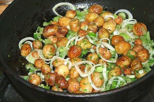 Как приготовить мелкую картошку