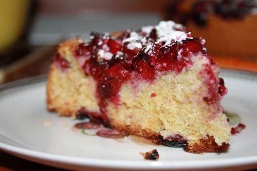 Простой вишневый пирог