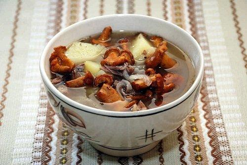 Грибной суп с лисичками