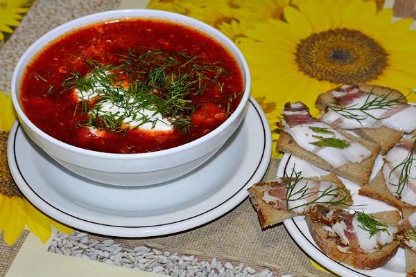 Свекольник - 7 рецептов с фото свекольника холодного, горячего, на кефире, классического