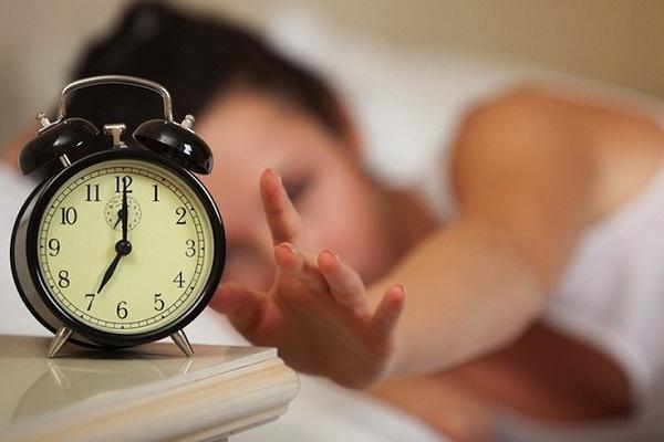 снится воскресенья на с понедельник знакомство парнем чему к