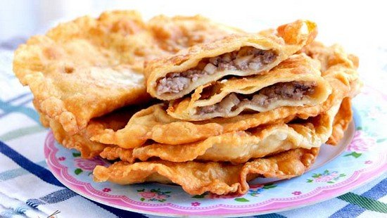 Чебуреки с мясом - 7 вариантов рецепта хрустящих, сочных чебуреков