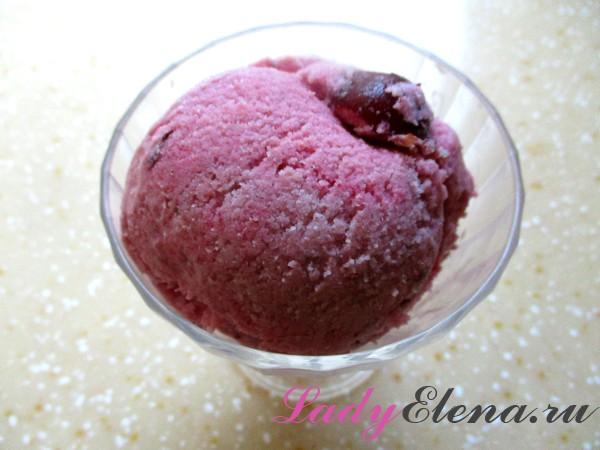 Фото рецепт домашнего мороженого с ягодами