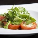 salat-s-rukoloj-4