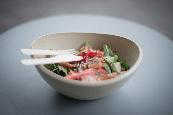 Теплый салат с кабачками