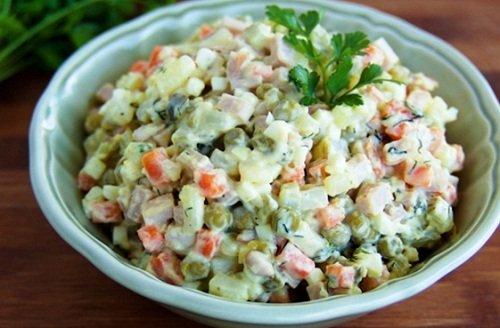 k-chemu-snitsya-salat-3