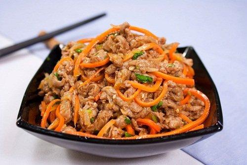 Морковь по-корейски с курицей