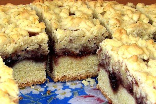 Тертый пирог на основе маргарина