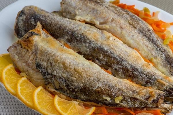 Рыба хек в духовке