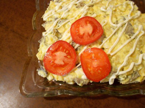 salat-s-zharenymi-gribami 10