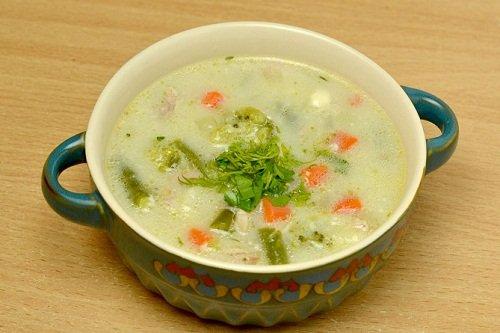 Суп с вкусными клецками их сыра