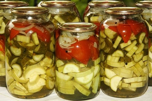 assorti-iz-pomidor-i-ogurcov 4