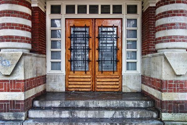 Сонник закрытая дверь в дом