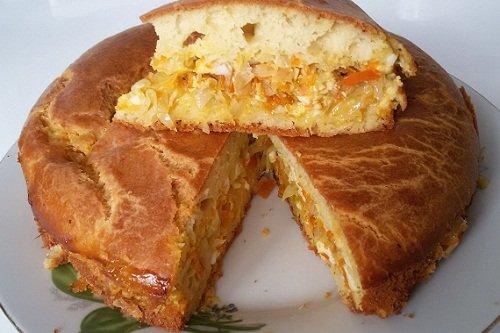 Капустный пирог с добавлением майонеза