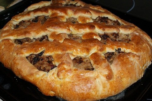 Пирог открытый с начинкой из капусты