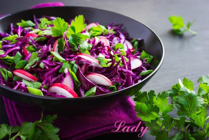 Салат капуста и редиска