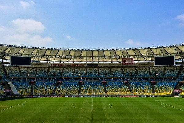 К чему снится стадион
