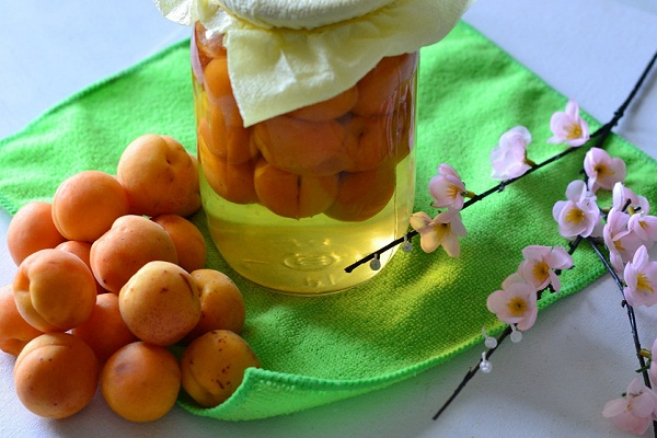 Компот ассорти с абрикосами