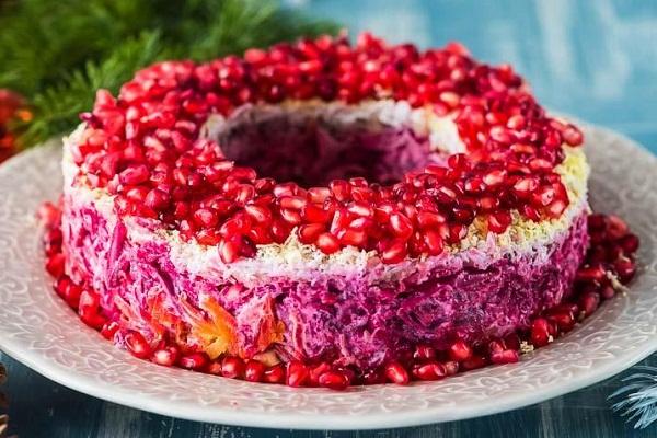 Гранатовый браслет: секреты вкусного салата