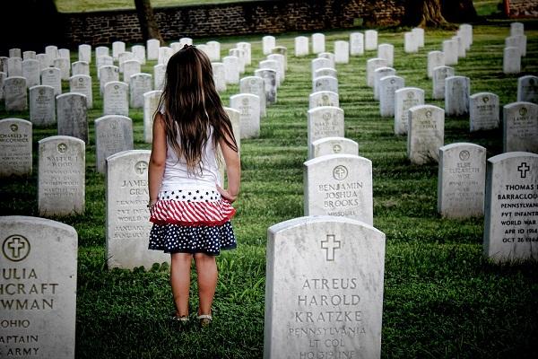 К чему во сне гулять по кладбищу