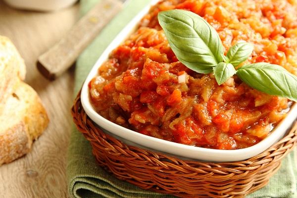 Как сделать икру из кабачков томатом и болгарским перцем