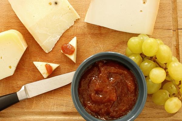 Виноградное варенье с добавлением яблок