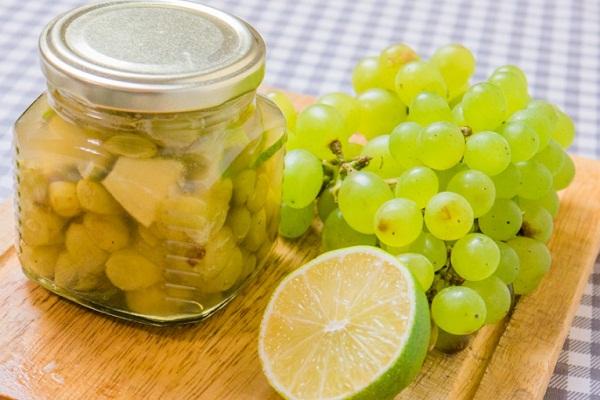 Виноградное варенье с лимоном и апельсином