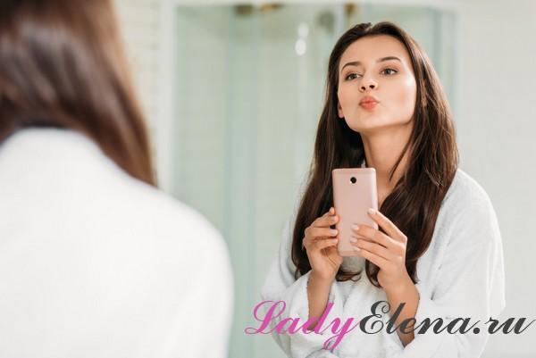 Чем опасно селфи в зеркале