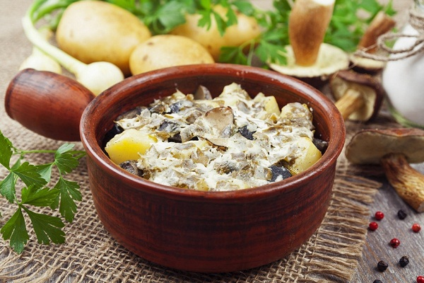 Как сделать картошку с грибами в сметане