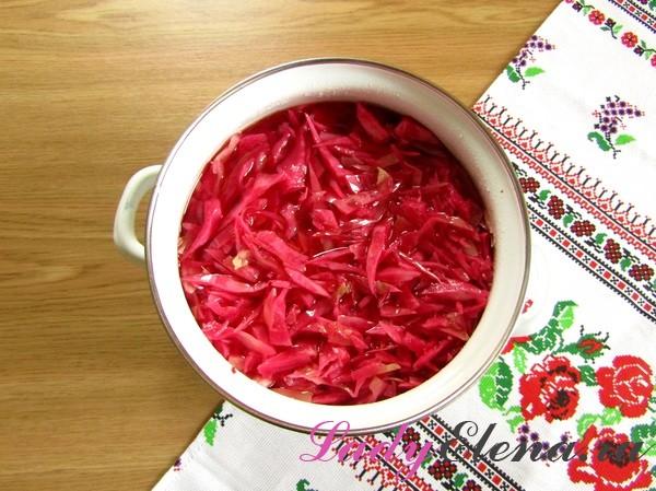 Как замариновать капусту в домашних условиях быстро и вкусно