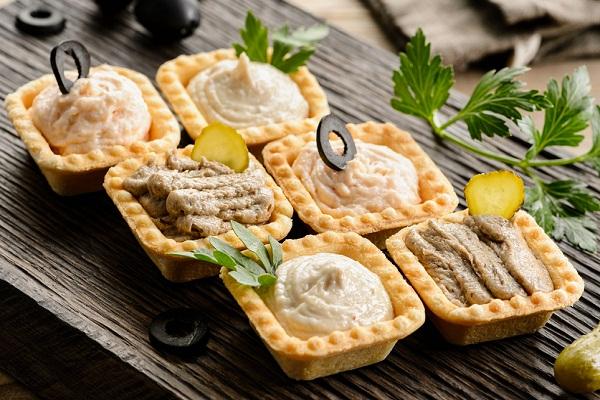 Оригинальная сырная закуска в тарталетках