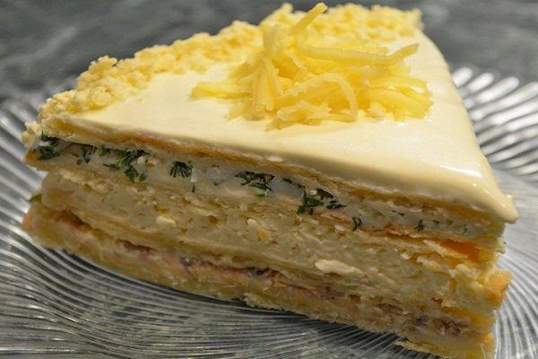Как сделать закусочный наполеон с сыром