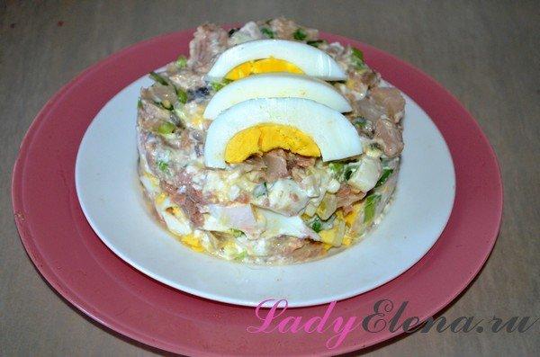 Салат с консервированной горбушей фото рецепт