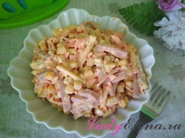 Салат Венеция с колбасой фото-рецепт