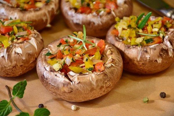 Постные грибы с овощами