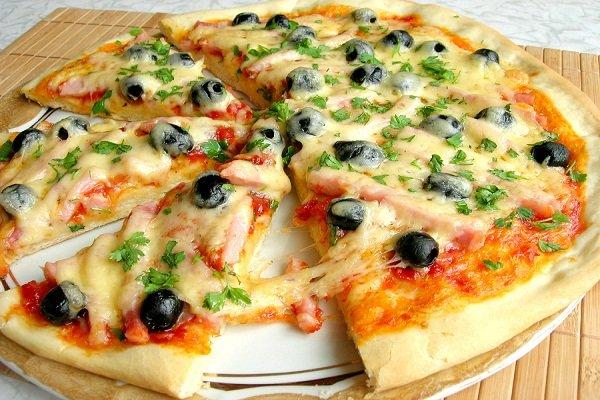 Воздушная пицца на майонезе